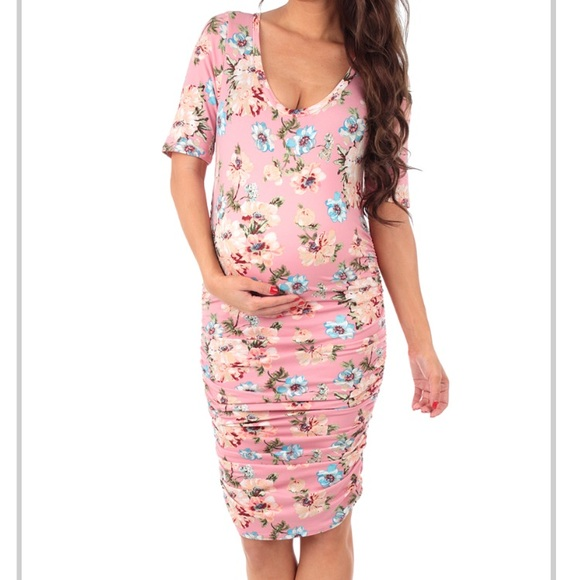 61ef156c0e247 Dresses & Skirts - Mother Bee 🐝 Maternity Ruched Dress